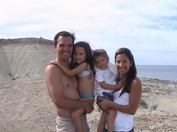 Ernesto Polotto y Familia